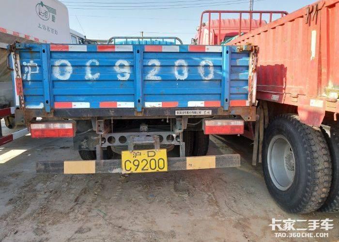 东风多利卡 140马力 载货车