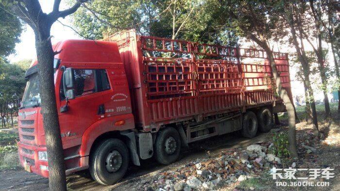 青岛解放 310马力 载货车
