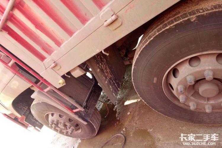 东风商用车 350马力 载货车